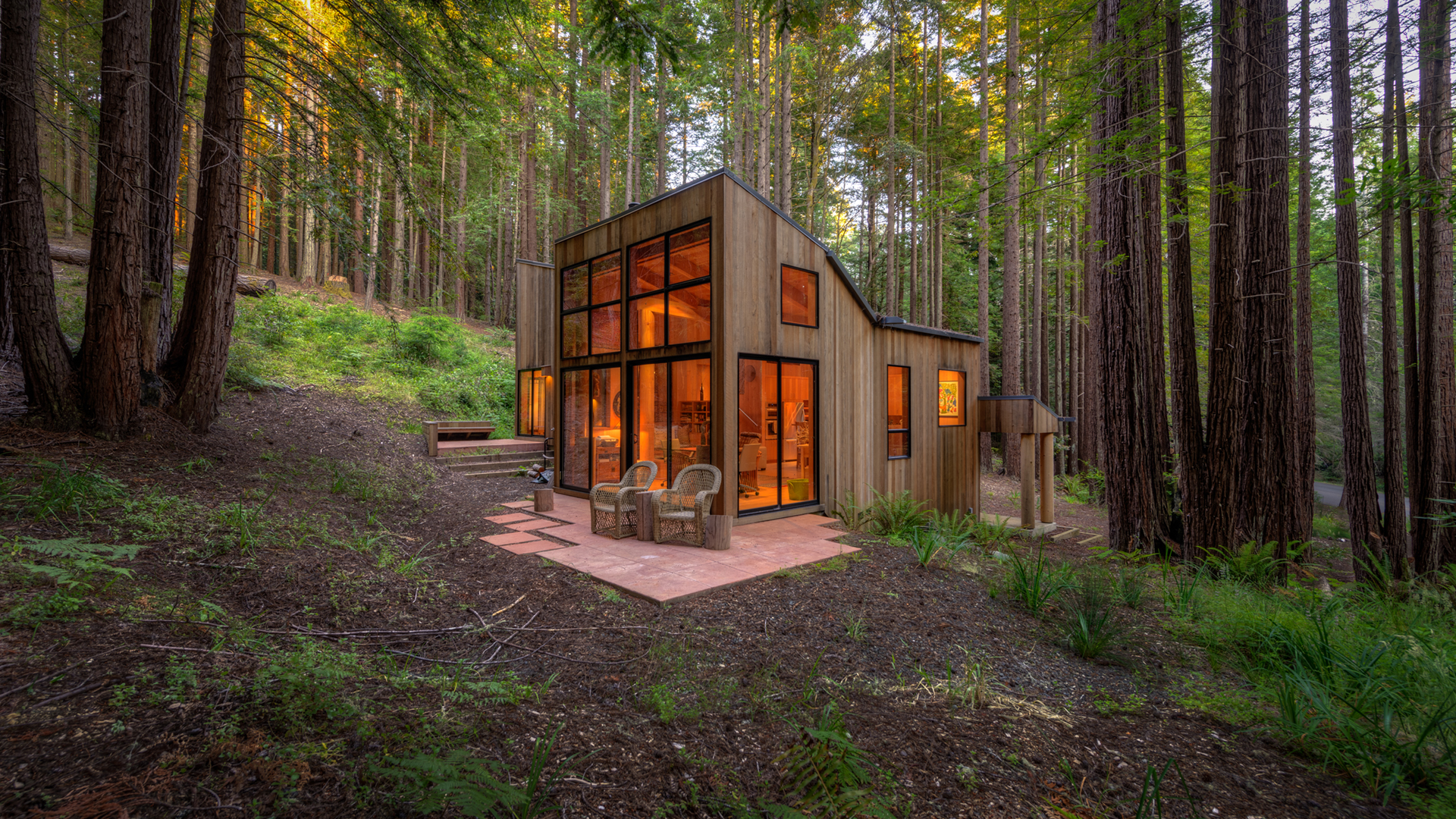 Sea Ranch Home amidst Majestic Redwoods